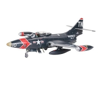 Revell F9 F- 5 Panther  1:48