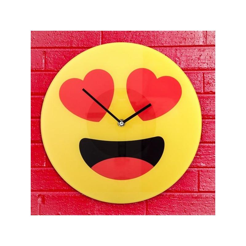 Seinakell Emoticon südametega